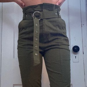 Pants - Cute army green paperbag pants